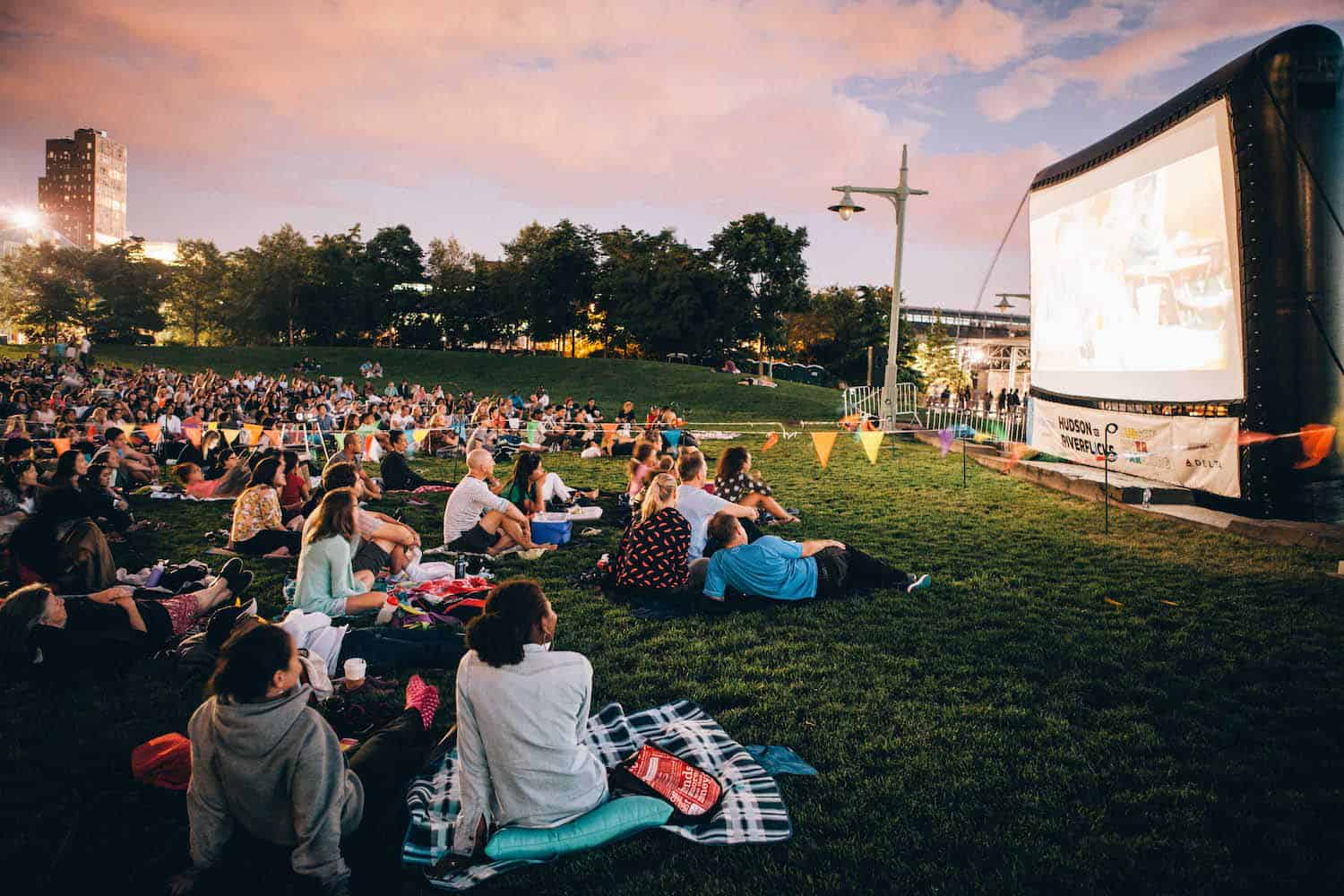 New york 39 s outdoor film screenings the yard space to work for The yard space to work